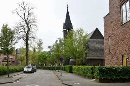 Zaandijkstraat met Julianakerk