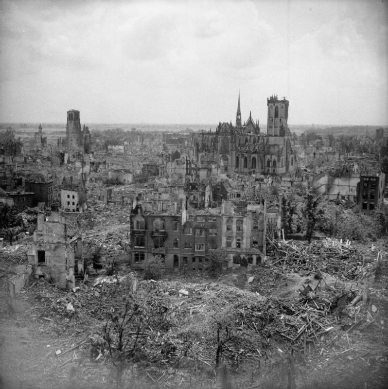 The_British_Army_in_North-west_Europe_1944-45-_Military_Government_Restoring_Public_Utilities_at_Wesel_BU7670